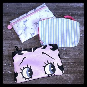 🌸 BUNDLE OF 3 IPSY MAKE UP POUCHES 🌸